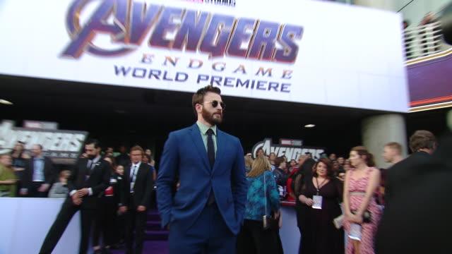 "chris evans at the world premiere of marvel studios' ""avengers: endgame"" - première stock-videos und b-roll-filmmaterial"