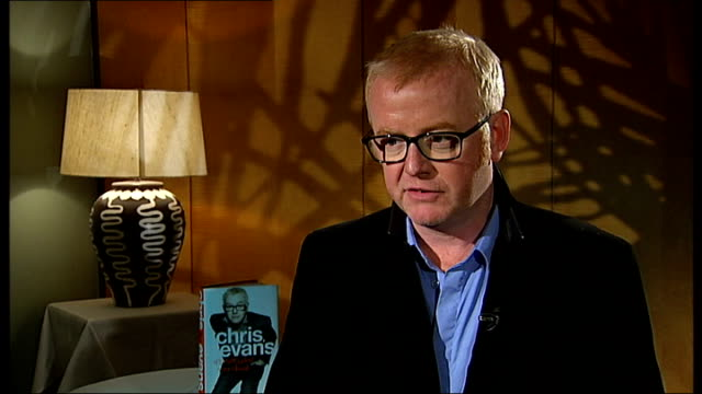 chris evans interview on new autobiography england london int chris evans interview sot on his autobiography on it being called 'not what you think'... - biographie stock-videos und b-roll-filmmaterial