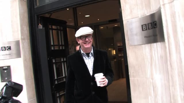 chris evans leaves bbc radio two after presenting his breakfast show assisted by sir elton john. sighted: chris evans at bbc radio two studios on... - bbc radio stock videos & royalty-free footage