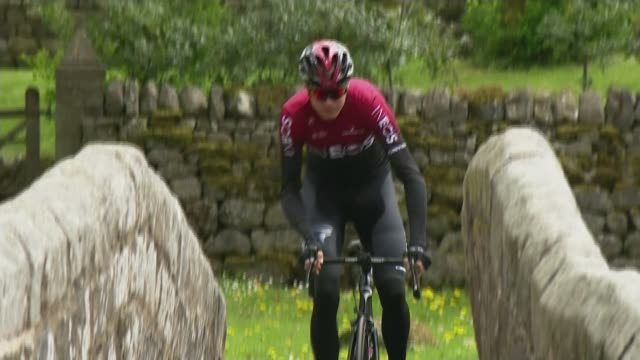 chris froome recovers after surgery following bicycle crash cutaway yorkshire ext chris froome wearing team ineos colours riding bicycle over stone... - crash stock videos & royalty-free footage