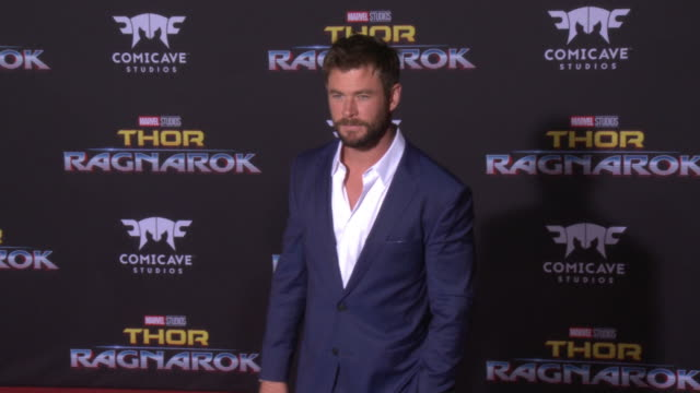 chris hemsworth at the thor ragnarok premiere at the el capitan theatre on october 10 2017 in hollywood california - thor: ragnarok stock videos & royalty-free footage
