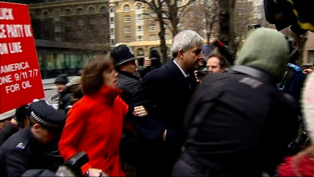 chris huhne and vicky pryce both jailed for 8 months for perverting the course of justice england london southwark crown court throughout** chris... - ビッキー・プライス点の映像素材/bロール