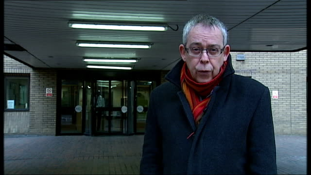 jury hears that wife sought revenge london southwark crown court ext reporter to camera - クリス ヒューン点の映像素材/bロール
