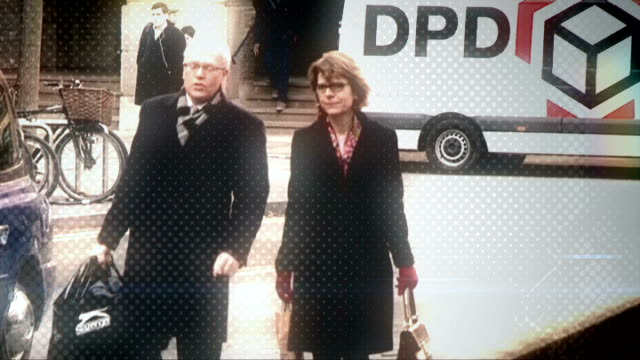 vicky pryce continues to give evidence graphicised pryce along arriving at court - ビッキー・プライス点の映像素材/bロール