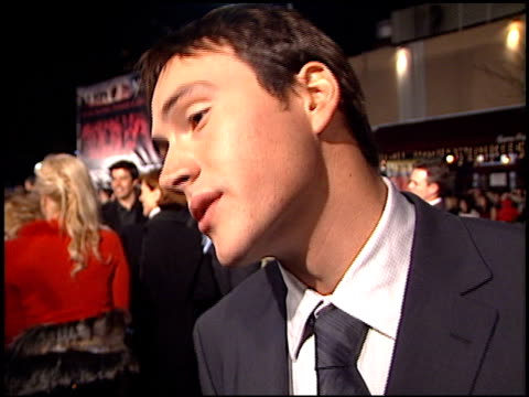chris klein at the 'we were soliders' premiere at the mann village theatre in westwood california on february 22 2002 - レジェンシービレッジシアター点の映像素材/bロール