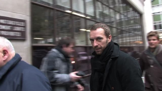 chris martin arrives at bbc radio one to perform live with coldplay on fearne cotton's live lounge. sighting: chris martin at bbc radio one on... - bbc radio stock videos & royalty-free footage