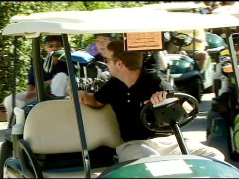 vídeos de stock e filmes b-roll de chris o'donnell at the 9th annual elizabeth glaser pediatric aids foundation celebrity golf classic at lakeside golf club in burbank california on... - 2007