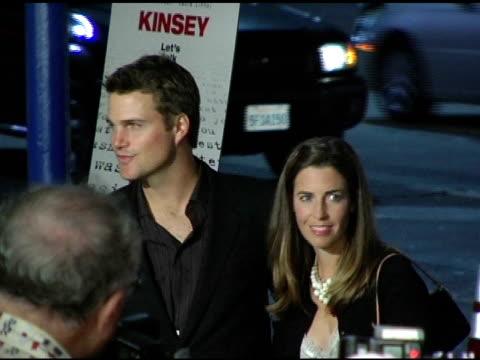 vídeos y material grabado en eventos de stock de chris o'donnell at the 'kinsey' premiere arrivals at the mann village theatre in westwood, california on november 8, 2004. - kinsey título de película