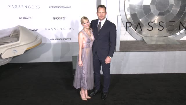 chris pratt anna faris at premiere of columbia pictures' passengers in los angeles ca - anna faris stock videos and b-roll footage