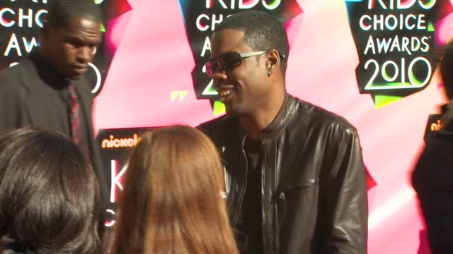 chris rock at the nickelodeon's 23rd annual kids' choice awards arrivals at los angeles ca - nickelodeon kid's choice awards stock videos & royalty-free footage