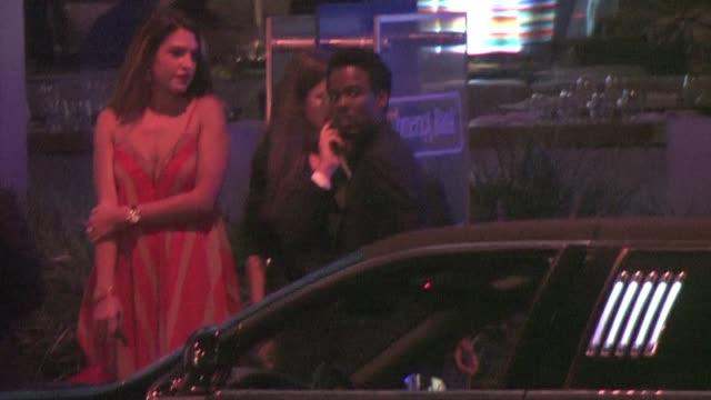 chris rock & david spade leaving boa in west hollywood - デビッド スペード点の映像素材/bロール