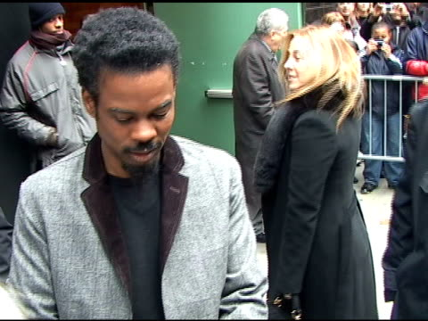 chris rock signs autographs for fans as he departs 'good morning america' in new york 04/04/11 - autogramm stock-videos und b-roll-filmmaterial