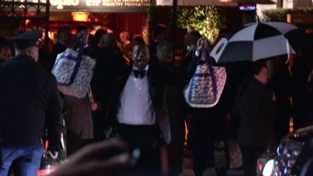 Chris Tucker Shows off Swag Bags at SAG Awards After Party at Celebrity Sightings in Los Angeles Chris Tucker Shows off Swag Bags at SAG Awards Aft...
