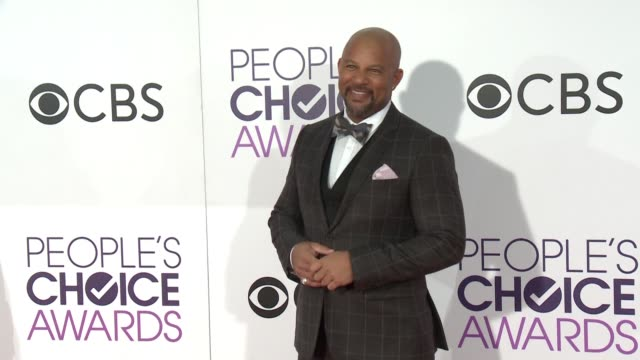 chris williams at the people's choice awards 2017 at microsoft theater on january 18, 2017 in los angeles, california. - people's choice awards stock videos & royalty-free footage