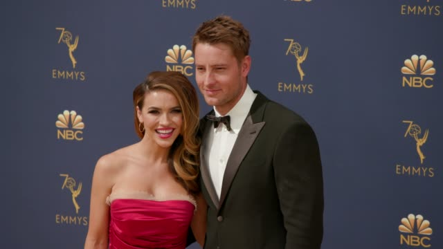 vídeos de stock, filmes e b-roll de chrishell stause chrishell hartley and justin hartley at the 70th emmy awards arrivals at microsoft theater on september 17 2018 in los angeles... - 70th annual primetime emmy awards