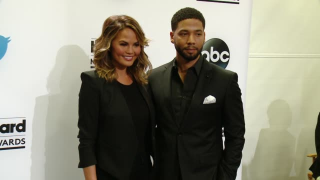 vídeos de stock, filmes e b-roll de chrissy teigen and jussie smollett at 2015 billboard music awards finalist announcement press conference at twitter on april 07 2015 in santa monica... - finalist