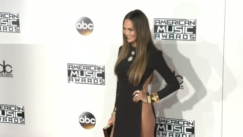 chrissy teigen at 2016 american music awards at microsoft theater on november 20, 2016 in los angeles, california. - american music awards stock videos & royalty-free footage