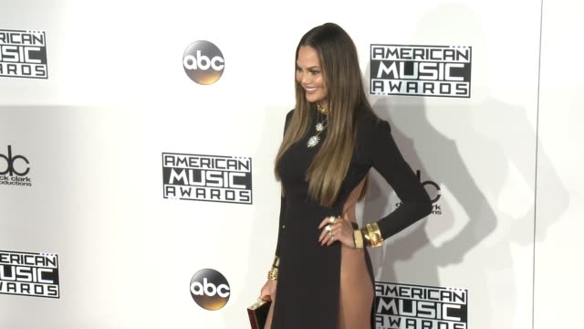 chrissy teigen at 2016 american music awards at microsoft theater on november 20 2016 in los angeles california - american music awards stock videos & royalty-free footage
