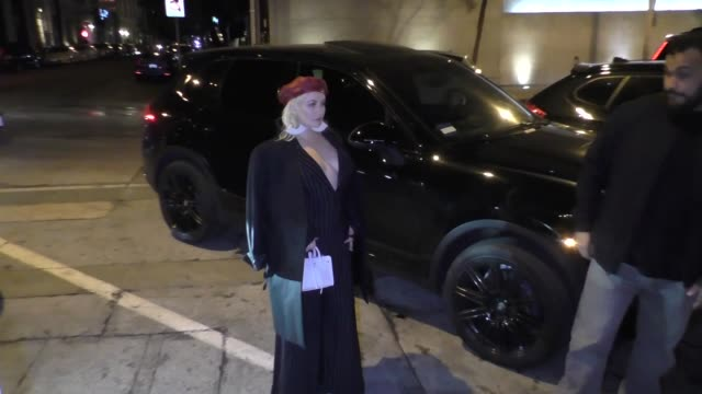 Christina Aguilera arrives for dinner at Craig's in West Hollywood in Celebrity Sightings in Los Angeles