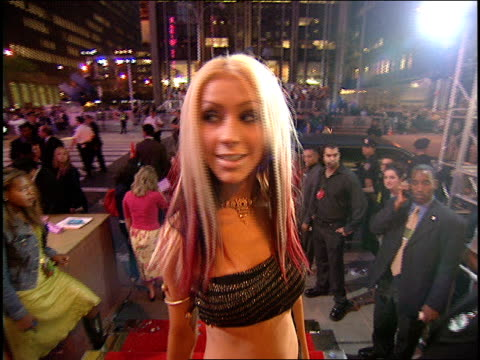 christina aguilera arriving to the 2000 mtv video music awards red carpet - 2000s style stock videos & royalty-free footage