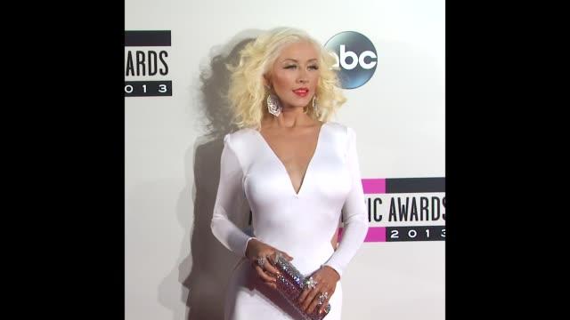 christina aguilera at 2013 american music awards on november 24 2013 in hollywood california - christina aguilera stock videos & royalty-free footage
