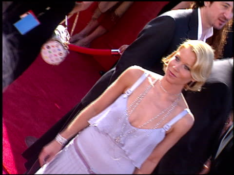 vídeos de stock, filmes e b-roll de christina applegate at the 2003 emmy awards at the shrine auditorium in los angeles, california on september 21, 2003. - shrine auditorium