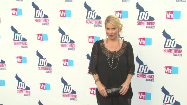 christina applegate at the 2010 vh1 do something awards at hollywood ca. - do something awards stock videos & royalty-free footage