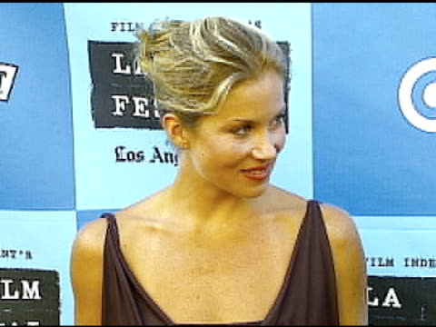 christina applegate at the 'little miss sunshine' premiere at wadsworth theatre in los angeles california on july 2 2006 - wadsworth theatre stock videos & royalty-free footage