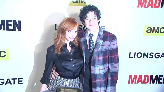 vidéos et rushes de christina hendricks and geoffrey arend at the mad men season seven los angeles premiere at arclight cinemas on april 02 2014 in hollywood california - arclight cinemas hollywood