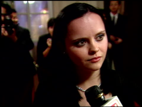 christina ricci at the 1999 academy awards miramax party at the beverly hilton in beverly hills, california on march 21, 1999. - 第71回アカデミー賞点の映像素材/bロール