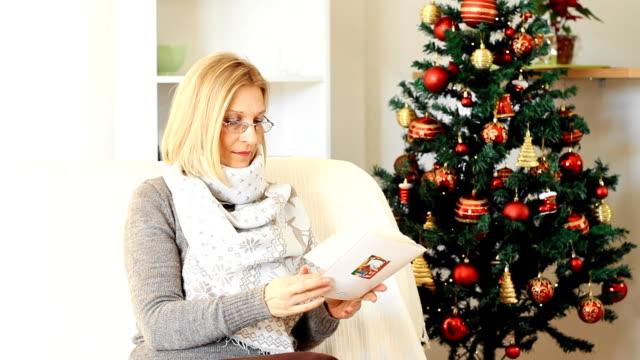 クリスマスカード - クリスマスカード点の映像素材/bロール