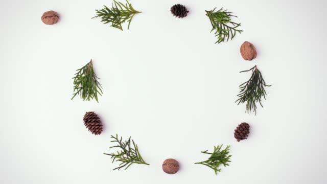 vídeos de stock, filmes e b-roll de christmas/ debica/ poland - bola de árvore de natal