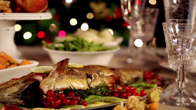 weihnachts-dinner - low angle view stock-videos und b-roll-filmmaterial