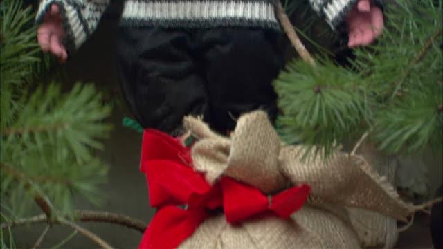 cu tu christmas elf with sack figurine / drobak, akershus, norway - male likeness stock videos & royalty-free footage