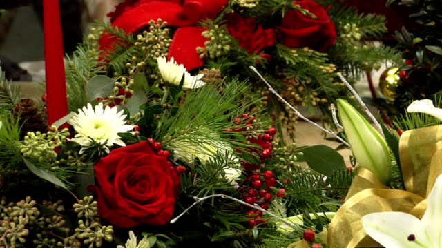 vídeos y material grabado en eventos de stock de navidad arreglos florales - bouquet