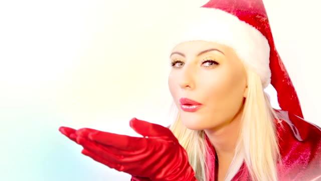 weihnachten mädchen - handschuh stock-videos und b-roll-filmmaterial