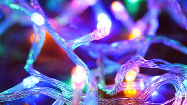 weihnachtslicht nahaufnahme 4k - lichterkette dekoration stock-videos und b-roll-filmmaterial