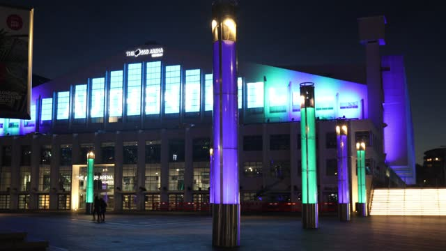 christmas lights illuminate the sse arena at wembley park, during the second major lockdown of the coronavirus pandemic on november 26, 2020 in... - small group of people stock videos & royalty-free footage