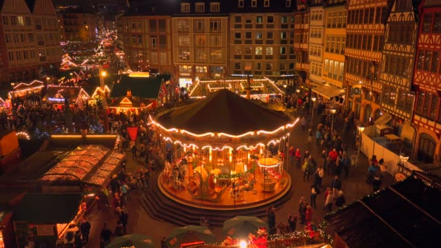 christmas market at roemer square, frankfurt, main, hesse, germany, europe - booth stock videos & royalty-free footage
