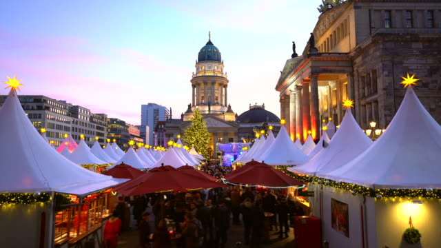 christmas market in berlin / gendarmenmarkt - street market stock videos & royalty-free footage