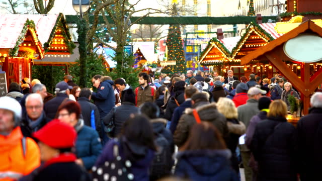 christmas market in berlin, time lapse - christmas market stock videos & royalty-free footage