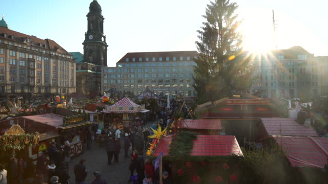 christmas market in dresden, time lapse - dresden germany stock videos & royalty-free footage