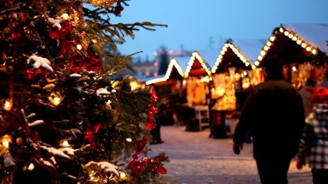 christmas market in the evening. - christmas market stock videos & royalty-free footage