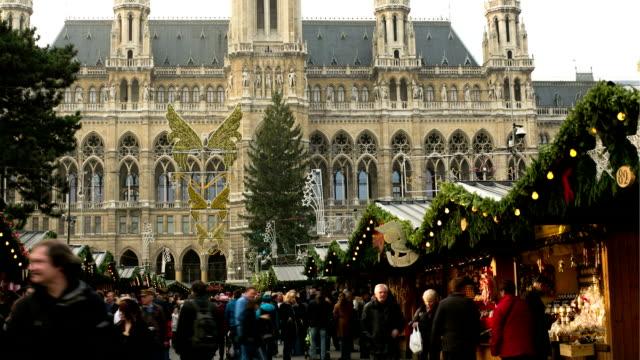 stockvideo's en b-roll-footage met christmas market vienna - hyperlapse - wenen oostenrijk