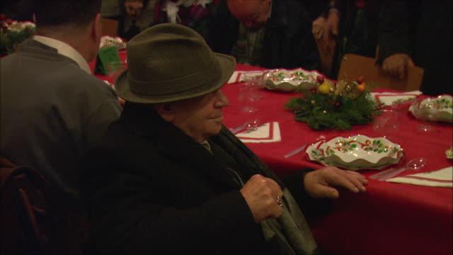 MS ZO Christmas meal for less fortunate in Basilica di Santa Maria in Trastevere/ Rome, Italy