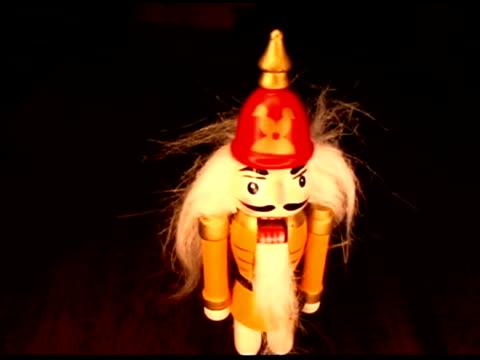 christmas nutcracker - 人の姿点の映像素材/bロール