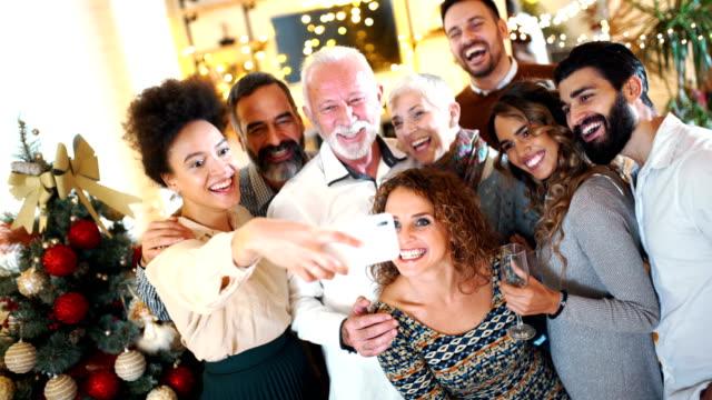 stockvideo's en b-roll-footage met kerst selfie. - feest en gedenkdagen