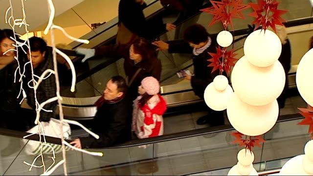 car-free weekend in london's west end; councillor susie burbridge interview sot peter hendy interview sot int shoppers on escalator inside department... - bershka designer label点の映像素材/bロール