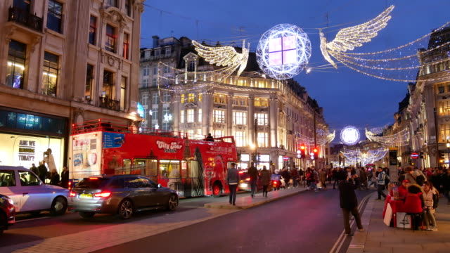 4k christmas & shopping on oxford street, london - arts culture and entertainment stock videos & royalty-free footage