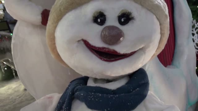 christmas snowmen - snowman stock videos & royalty-free footage